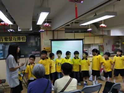 20110507_student_volunteers_activity